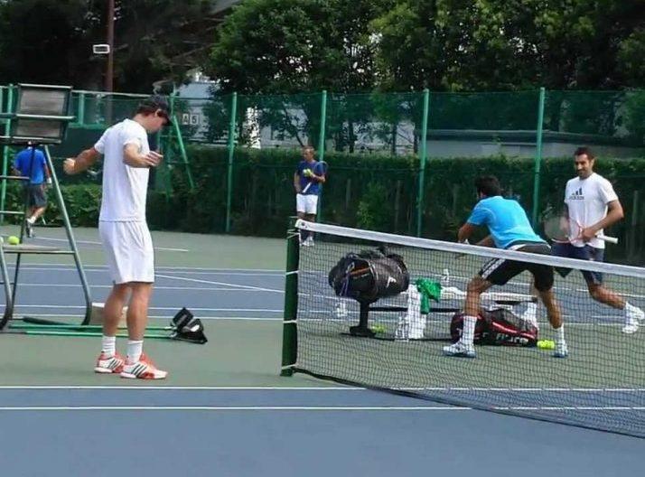 【テニス新常識】プロが必ず行う、チューブを使用したウォームアップトレーニング